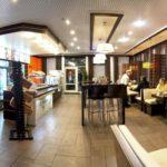 restaurant-hall